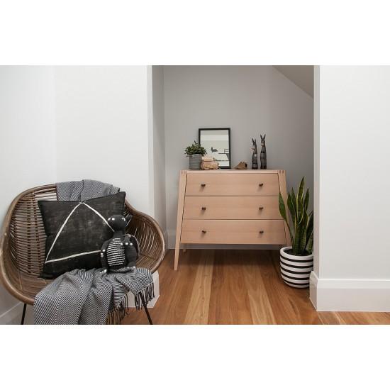 LINEA Dresser by Leander