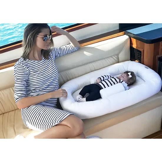 Babyhood Sleep Position