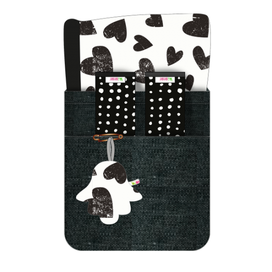 Minene Reversible Pram Liner & Safety Strap Set - White & Black Hearts