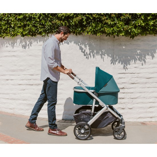 UPPAbaby VISTA V2 Stroller with Bassinet
